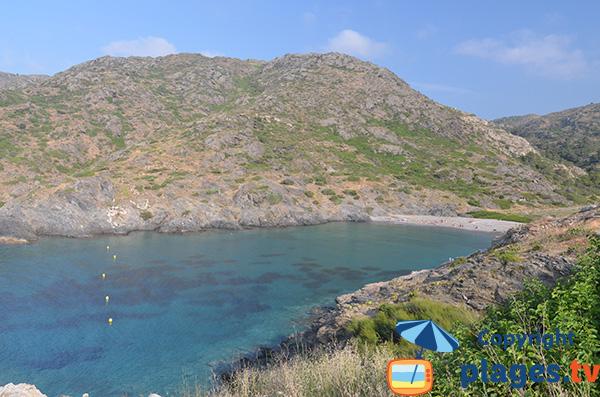 Photo de la Cala Tamariua à El Port de la Selva en Espagne