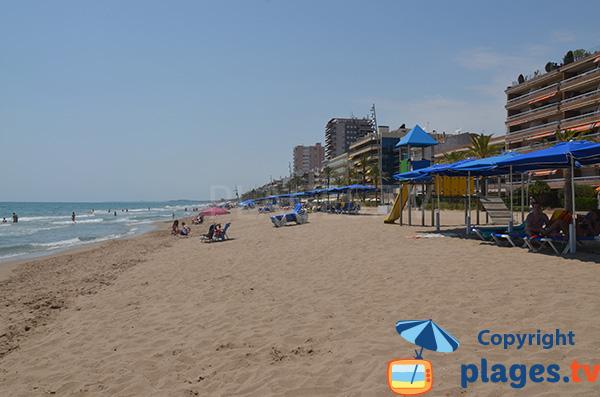 Photo de la plage de Calafell en Espagne