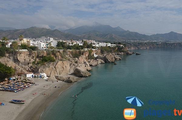 Photo de la plage de Calahonda à Nerja - Espagne