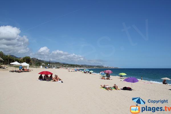 Photo de la plage d'El Callao à Mataro en Espagne