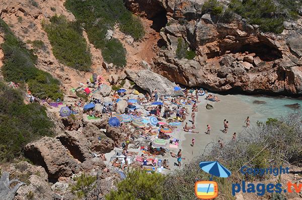 Calanque avec du sable blanc - Calo del Moro - Majorque