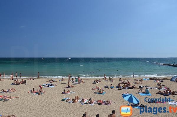Plage de sable à proximité du centre de Palma de Majorque - Baléares