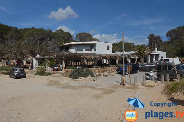 Accès à la plage de Carbo à Ibiza