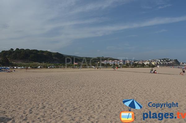 Parking et plage de Cavaio à Arenys de Mar