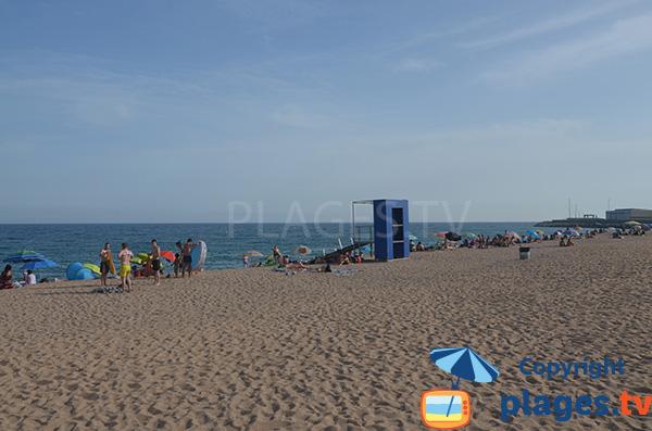 Poste de secours de la plage de Cavaio à Arenys de Mar