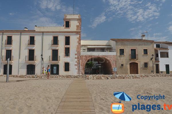 Accès à la plage d'Altafulla - Espagne