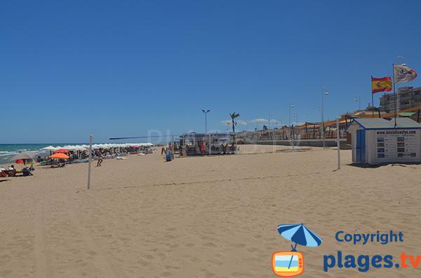 Beach volley sur la plage du Centre de Guardamar - Espagne