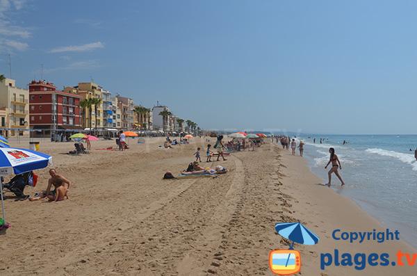 Belle plage à Torredembarra