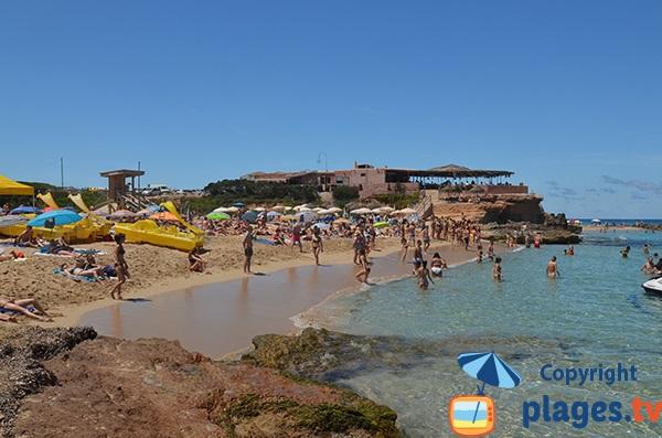 Belle plage de sable à Ibiza - Comte