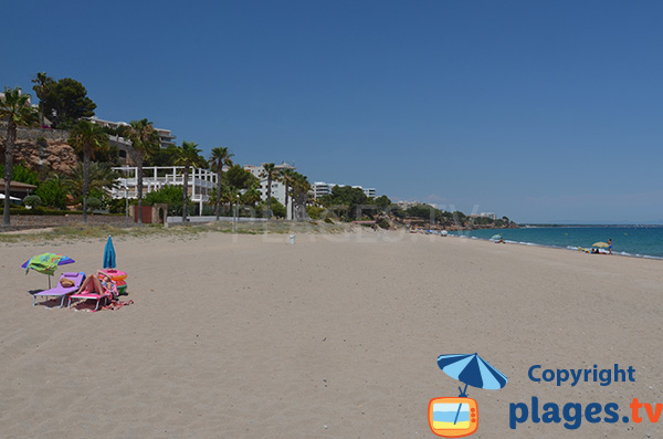 Photo de la plage de Cristall à Miami Platja - Espagne