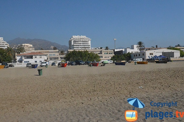 Parking de la plage d'El Cable à Marbella