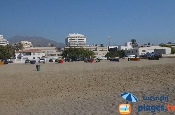 Parking de la plage d'El Cable à Marbella