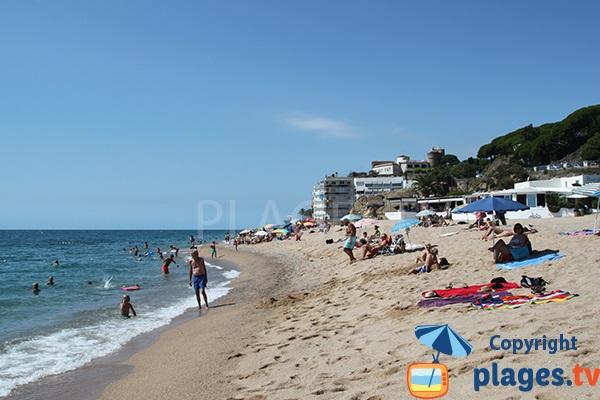 Photo de la plage d'El Morer à Sant Pol de Mar en Espagne