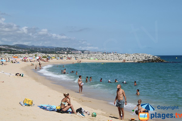 Supervised beach in Mataro - El Varador
