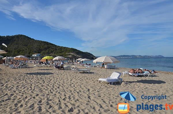 Zone familiale de la plage Es Cavallet - Ibiza