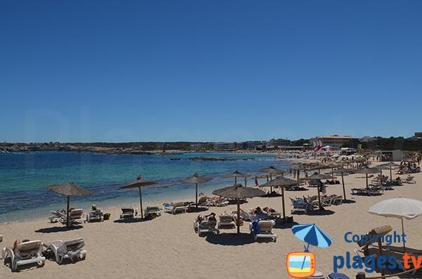 Plage dans le centre d'Es Pujols - Formentera