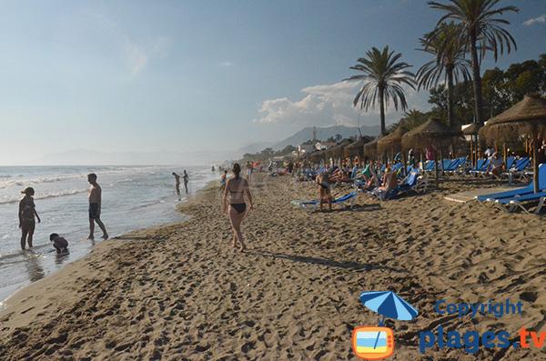 Plage d'Estrella del Mar entre Marbella et Malaga