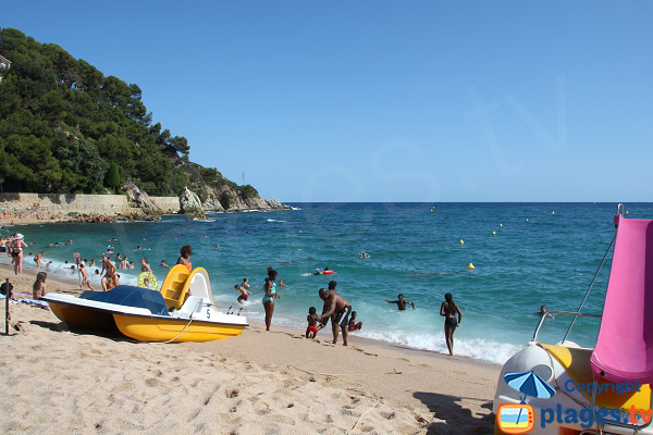 Swimming in Lloret de Mar - Fenals