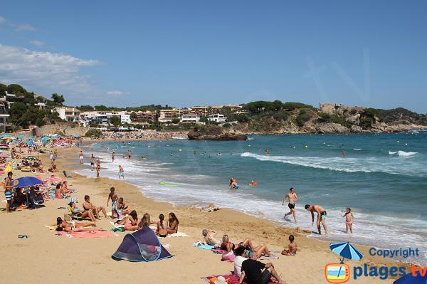 Belle plage à Palamos en Espagne