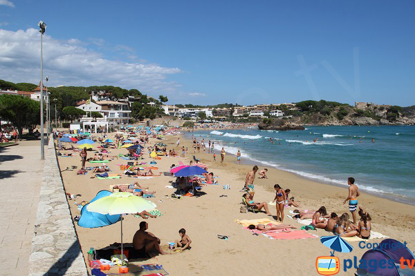 Photo de la plage de Fosca à Palamos en Espagne
