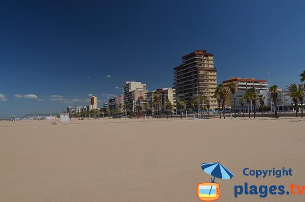 Immeubles sur le front de mer de Gandia - Espagne