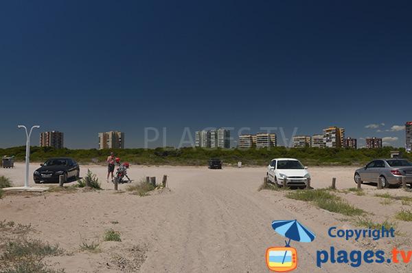Parking de la plage de Garrofera à El Saler - Espagne