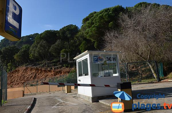 Parking payant de la plage de Giverola à Tossa de Mar