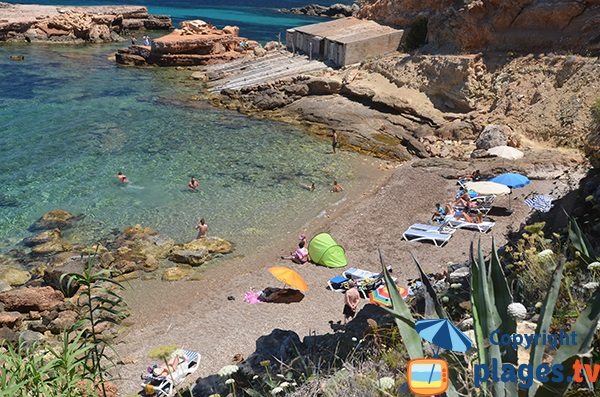 plage de s'Illot d'Es Rencli à Ibiza