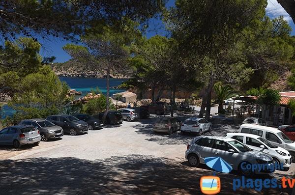 Parking de la plage de s'Illot d'Es Rencli à Ibiza