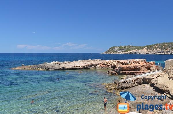 Ilot sur la plage d'Es Rencli - Ibiza