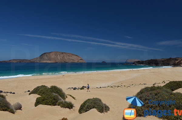 Photo of Las Conchas beach in La Graciosa - Lanzarote