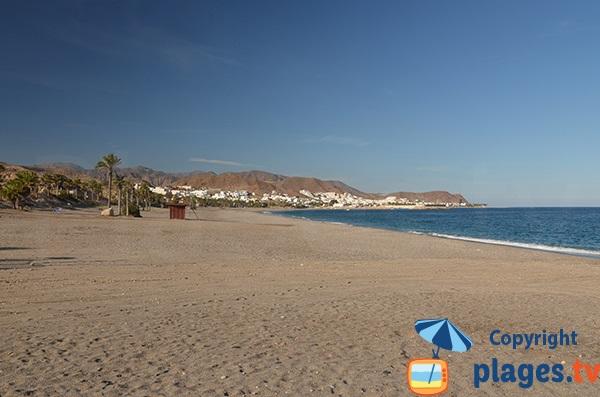 Photo de la plage de Las Martinicas à Carboneras en Espagne