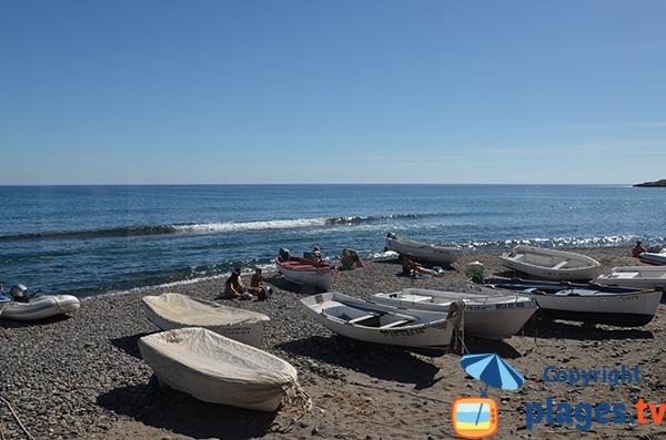 Bateau de pêcheurs sur la plage de Las Negras - Andalousie
