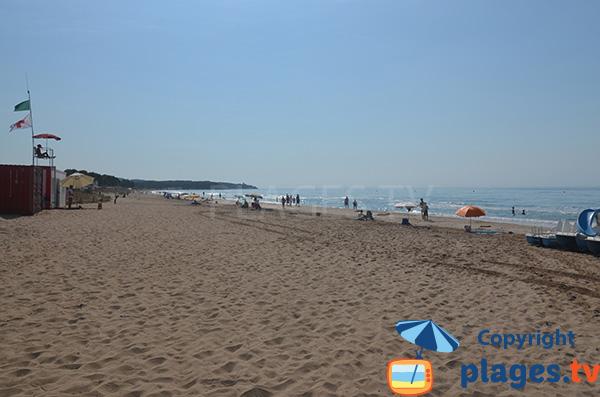 Beautiful beach in Tarragona - Llarga