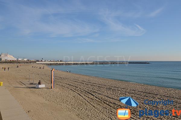 Photo de la plage du Llevant à Barcelone