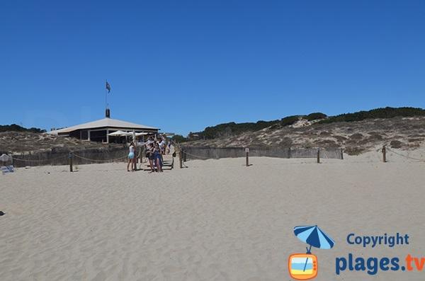 Restaurant sur la plage du Llevant - Formentera