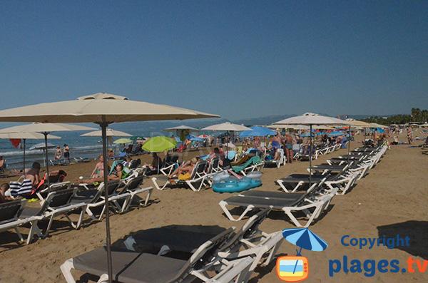 Location de matelas sur la plage de Salou - Espagne