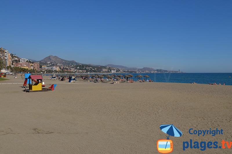Une plage typique de l'Andalousie côté méditerranée