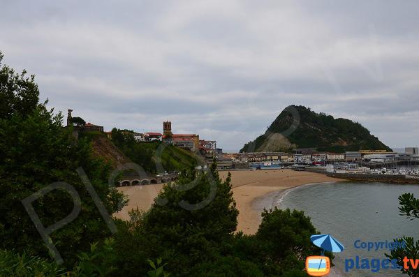 Plage malkorbe à Getaria dans le pays basque espagnol