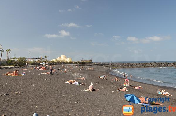 Plage de Martianez à Puerto de la Cruz - Tenerife - Canaries