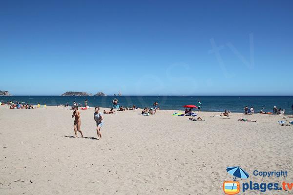 Belle plage à proximité de l'Estartit