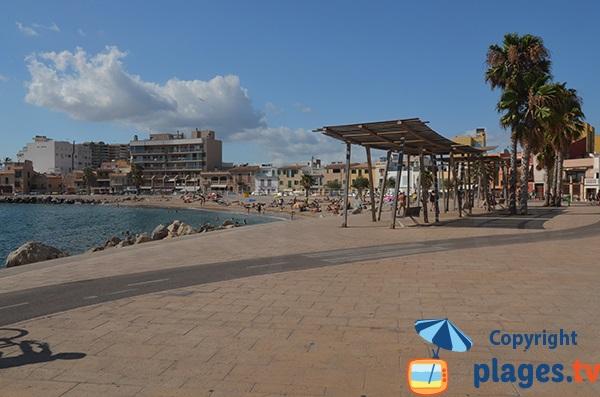 Esplanade le long de la plage d'El Molinar