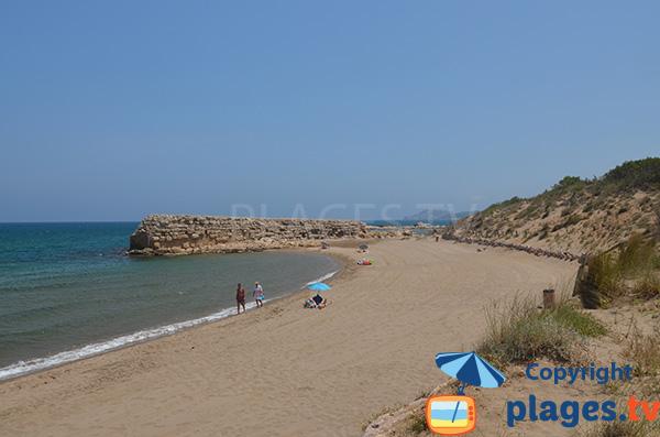 Extrémité de la plage Moll Grec à L'Escalat