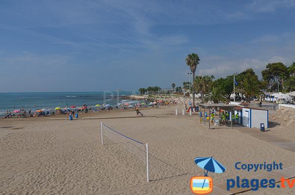 Terrain de beach volley sur la plage de Benicarlo - Espagne - Morrongo
