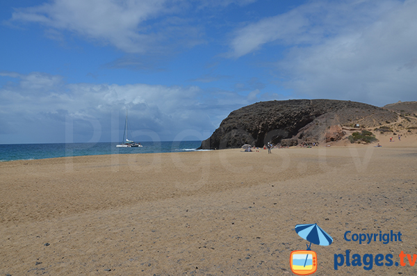 Beautiful beach on the coast of Papagayo - Lanzarote