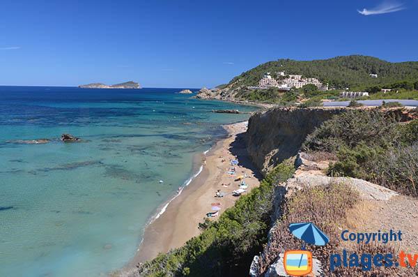Belle plage naturiste à Ibiza - Es Figueral