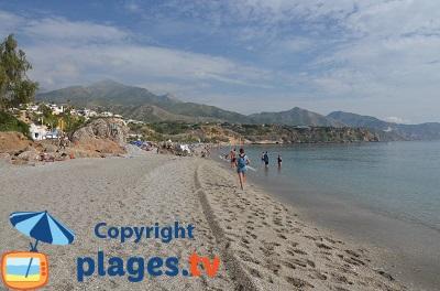 Plage à Nerja en Andalousie