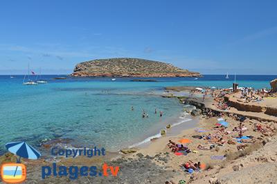 Plage paradisiaque à Ibiza - Comte
