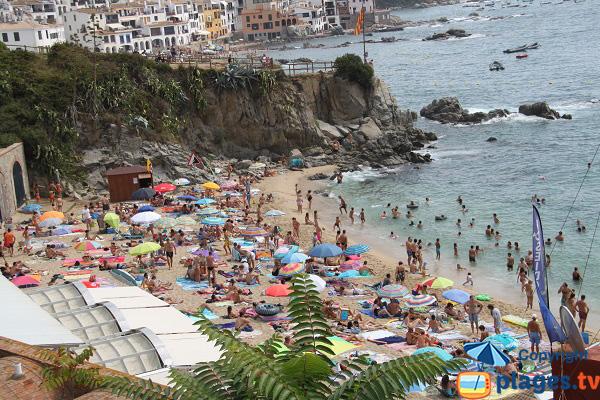 Plage de Pelegri avec vue sur la plage de plage de Port Bo - Calella de Palafrugell