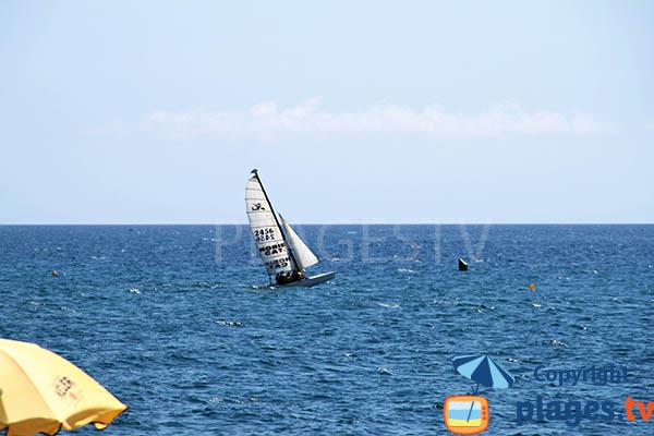 Catamaran à Pineda de Mar